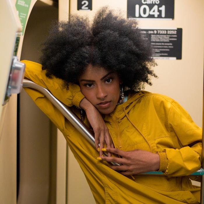 girl on subway